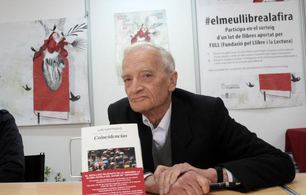 """Luis Goytisolo: """"'Coincidencias' es tan disparatado como la situación actual en España y el mundo"""""""