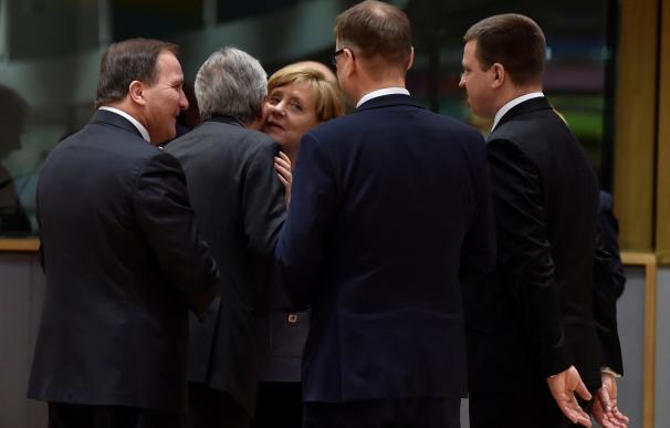Los líderes de la UE a 27 aprueban por unanimidad las 'líneas rojas' para el 'Brexit'