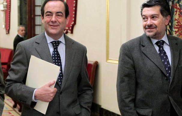 PSOE y PP bloquean el intento de IU de limitar las pensiones de los ex presidentes del Gobierno