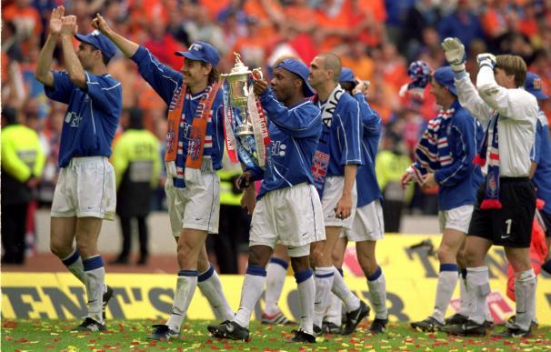 El Glasgow Rangers celebrando una Copa de Escocia.