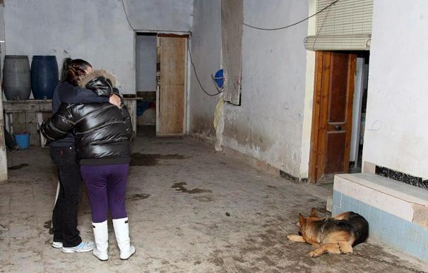Dos muertos al inhalar monóxido de carbono por la mala combustión de un brasero en Elche (Alicante)