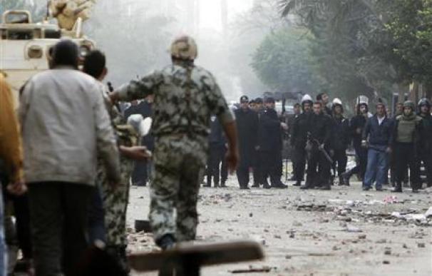 Los egipcios rechazan el discurso de Mubarak y elevan protestas