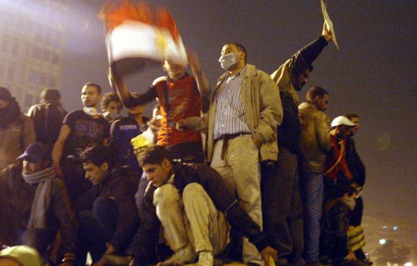 """Reino Unido desaconseja los viajes """"no esenciales"""" a varias ciudades egipcias"""