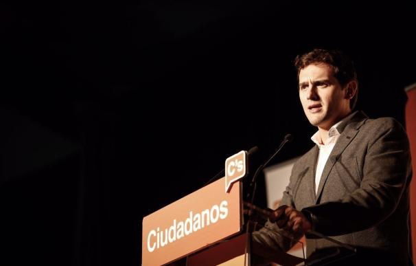"""Rivera pide a C's estar """"a la altura"""" para """"apretar las tuercas"""" al Gobierno y alcanzar la presidencia en 2019"""