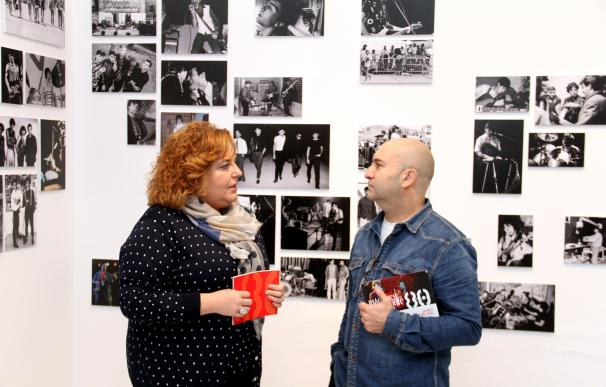 """Una exposición recupera 400 fotos inéditas de la """"movida granadina"""" de los años 80"""
