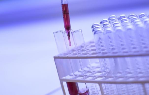 La biopsia líquida ayuda a elegir el tratamiento más eficaz, según un experto