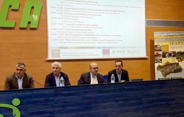 Junta informa al sector sobre las prácticas sostenibles en invernadero que pueden recibir incentivos