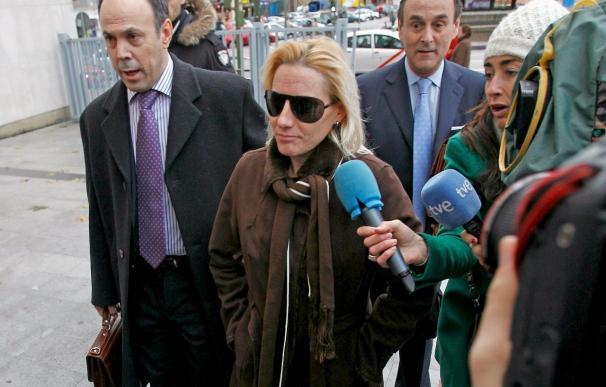 El juez mantiene imputada a Domínguez por dopaje, pero la desvincula de Fuentes
