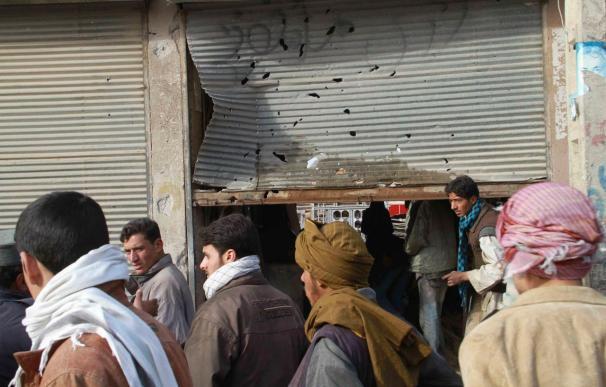 Nueve muertos, 3 de ellos extranjeros, en un ataque suicida en el centro de Kabul