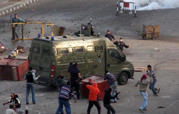 Tres nuevas muertes en Egipto mientras se intensifican las protestas
