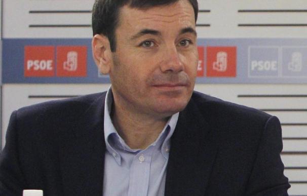 """Gómez ve """"muy poco inteligente"""" que ayer un socialista hablara de la sucesión"""