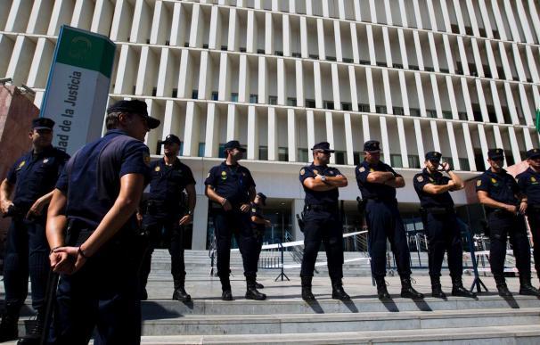 Suspendido el juicio para el que varios policías de Málaga recibieron una citación en sus domicilios