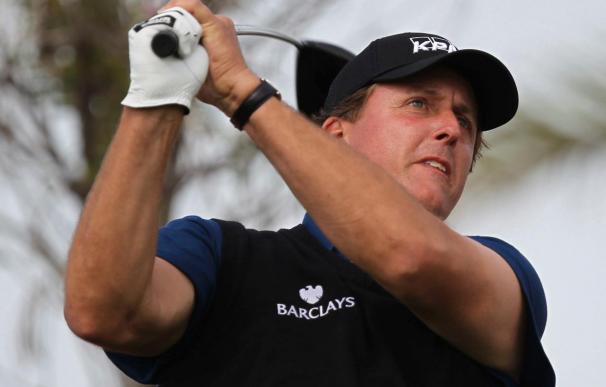 Mickelson recupera el cuarto puesto de la clasificación mundial de golf