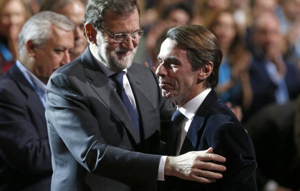 José María Aznar y Mariano Rajoy en la Convención Nacional del PP