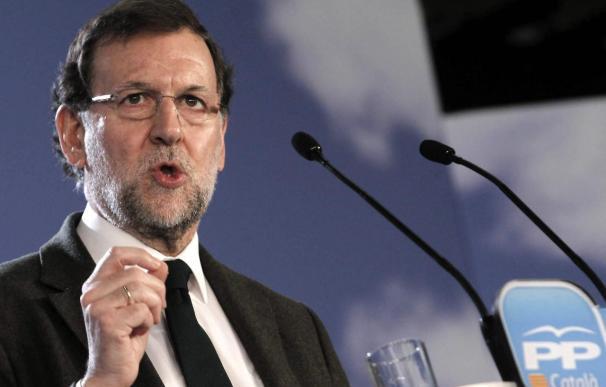 Rajoy promete que no habrá consulta ni se cortará el grifo a Cataluña