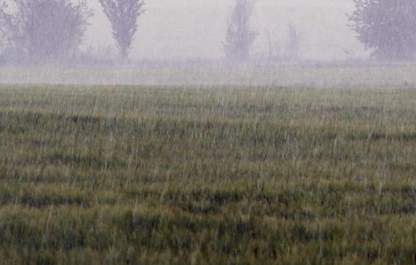 El viento, el frío o la lluvia mantienen en alerta a ocho comunidades