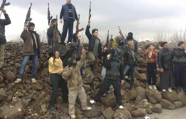 Las fuerzas sirias retoman el control de suburbios en Damasco