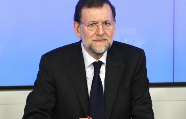 Rajoy prepara un encuentro con David Cameron el lunes