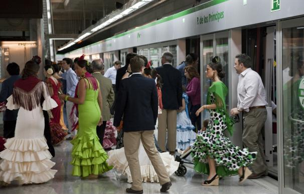 Desconvocada de madrugada la huelga del metro al ser acordada la compensación por el plan de Feria