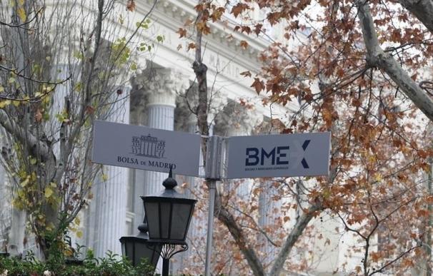 La banca impulsa al Ibex a ganar un 3,26% y se anota un avance del 2,4% en el mes