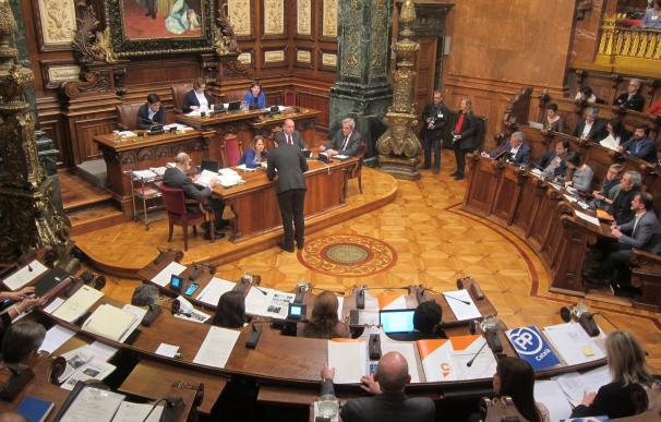 El Gobierno de Colau retira del pleno la creación de la funeraria pública y la venta del 15% de Serveis Funeraris