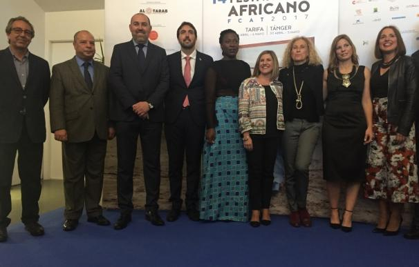 """García valora el Festival de Cine Africano de Tarifa como un puente de """"hermanamiento"""" entre pueblos"""