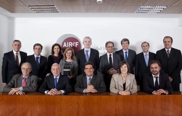 La AIReF avala las nuevas previsiones del Gobierno, pero advierte del posible desvío al alza del gasto público