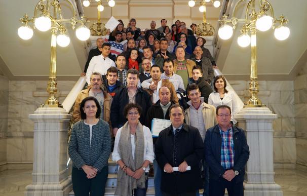 Ayuntamiento de Valladolid entrega 51 diplomas a alumnos de programas de Formación y recibe a 43 nuevos participantes