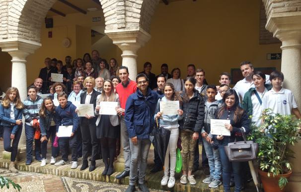 La delegada de Educación entrega los premios de la XX Convocatoria de Periódicos Escolares