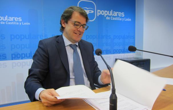"""Fernández Mañueco recuerda que la justicia es """"implacable"""" con los corruptos porque no conoce de nombres ni de siglas"""