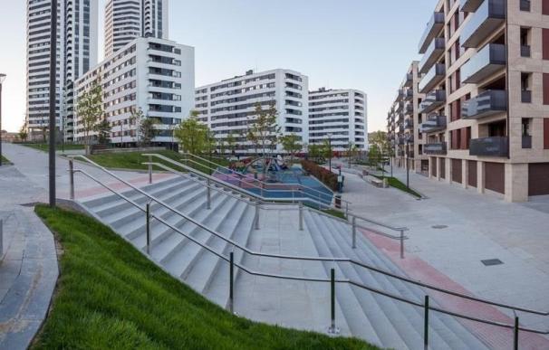 Bilbao Ría 2000 concluye las obras de urbanización del entorno del parque de Garellano
