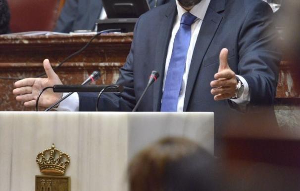 El candidato del PP a la presidencia de Murcia afronta este sábado la segunda sesión del Debate de Investidura