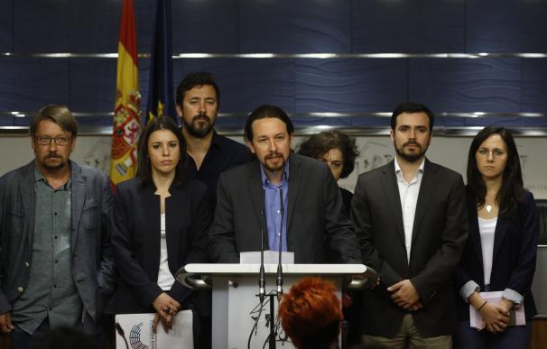 """Iglesias avisa a PSOE y Cs de que """"no hay excusas"""" ante la moción: """"Sostener a Rajoy es sostener la corrupción"""""""