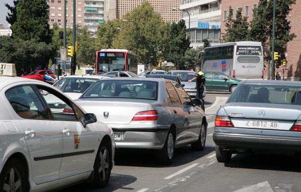 Problemas de circulación en la CV-30 en Paterna, la N-220 en Manises y la V-30 en Quart en el inicio del puente