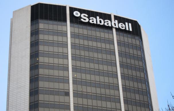 Banco Sabadell gana 216,1 millones hasta marzo, un 14,3% menos