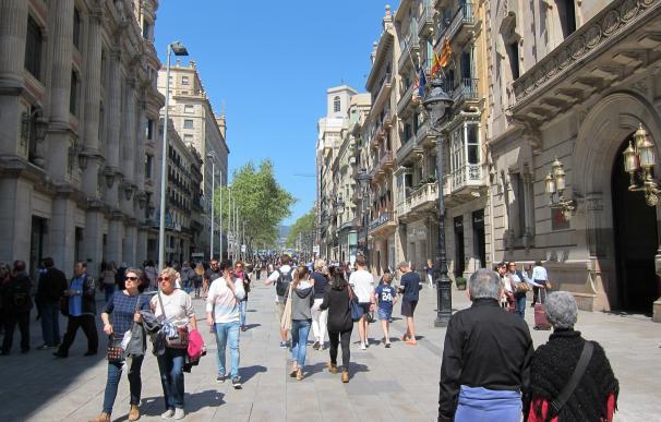 Catalunya recibió 2,9 millones de turistas extranjeros hasta marzo, un 4% más