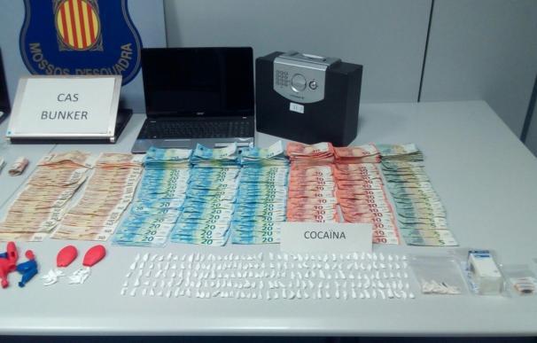 Encuentran cocaína escondida dentro de un globo infantil en un piso de Badalona