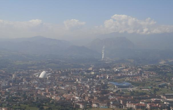 """Gobierno asturiano ve """"impensables"""" en Asturias las restricciones de Madrid para frenar la contaminación"""