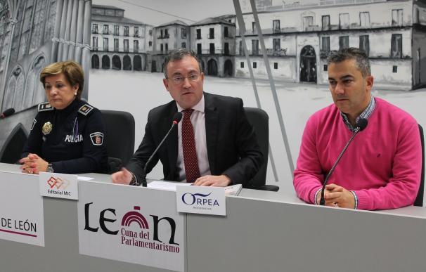 La Policía Local de León crea un Grupo de Mayores para dar protección a una cuarta parte de la población