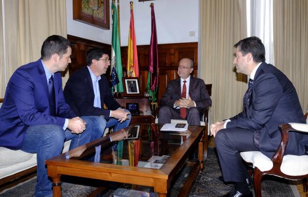 """PP y C's destacan el """"diálogo"""" en la negociación de los presupuestos municipales"""