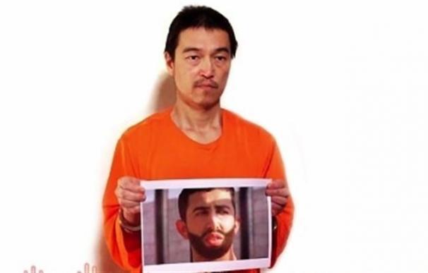 Estado Islámico amenaza con ejecutar al rehén japonés y al piloto jordano en 24 horas