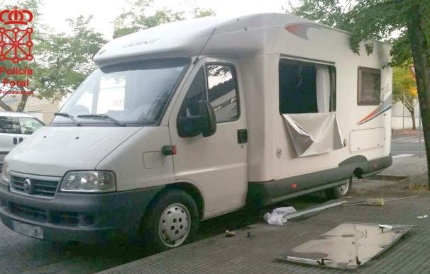 Cuatro detenidos por robar en una autocaravana en Villava y causar daños en otros vehículos estacionados