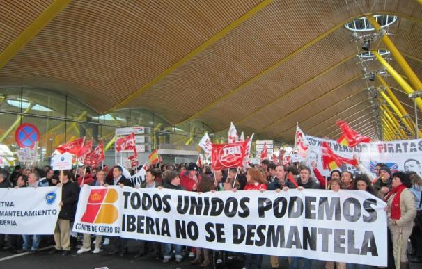 Iberia rebaja en un 30% los despidos iniciales, hasta 3.147 empleos