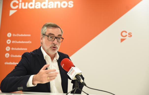 """Cs censura la oposición """"sin propuestas"""" de Podemos: """"Empeñarse en una moción de censura y echar a Rajoy es muy pobre"""""""