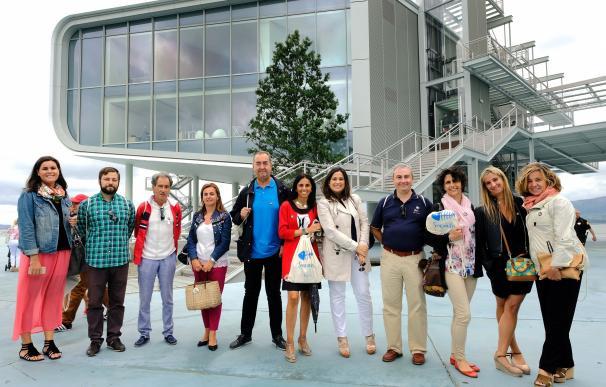 Los embajadores voluntarios conocen el Centro Botín
