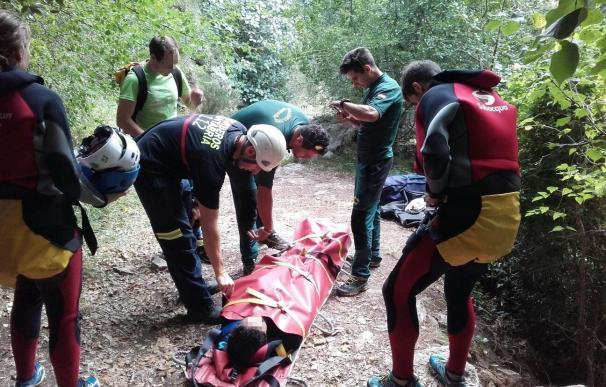 Rescatada en el Desfiladero de la Hermida una mujer que se rompió el tobillo cuando practicaba barranquismo