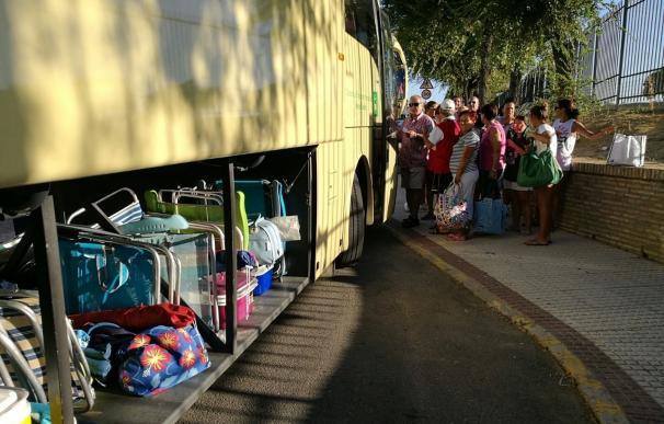 Ayuntamiento de Castilleja facilita un servicio de autobús para salidas a las playas de Huelva