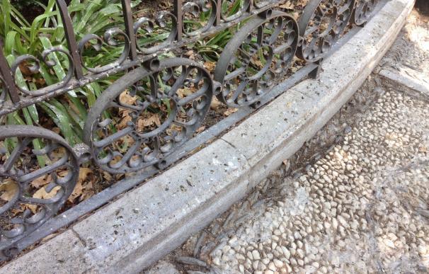 PP insta a Cuenca a que acometa un plan integral de limpieza y mantenimiento en la plaza de la Trinidad
