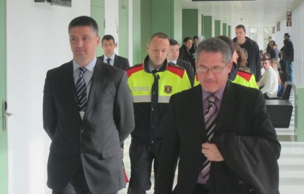 Un responsable de los Mossos niega irregularidades en las cargas de plaza Cataluña