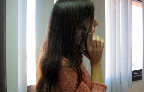 Los valencianos son los que más tiempo dedican al móvil, cerca de tres horas y media al día, según rastreator.com